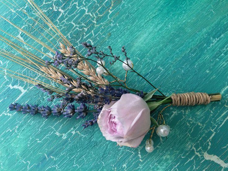 Флористика 🌿 Бутоньерка для жениха  Accessories for groom  #turagina_decor #wedding #accessories #rose #lavander #spike #pearl #boutonniere #buttonhole #buttonholeflower #свадьба #lavanderwedding #лавандоваясвадьба #колоски #роза #бутоньерка #лаванда #декор #свадебныйдекор #иваново #москва #ivanovo #moscow