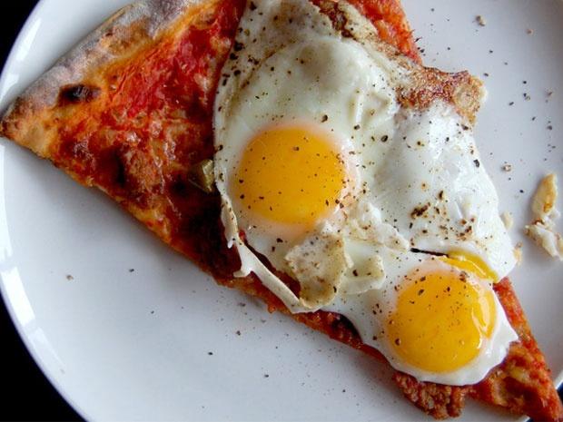 Η ανάσταση της χθεσινοβραδινής πίτσας - OneMan Food - ΔΙΑΣΚΕΔΑΣΗ | oneman.gr