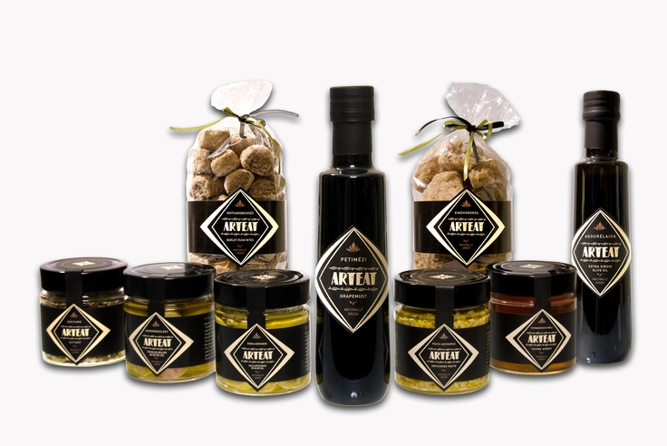 Gourmet natural Greek products, to offer as a present to your beloved ones!
