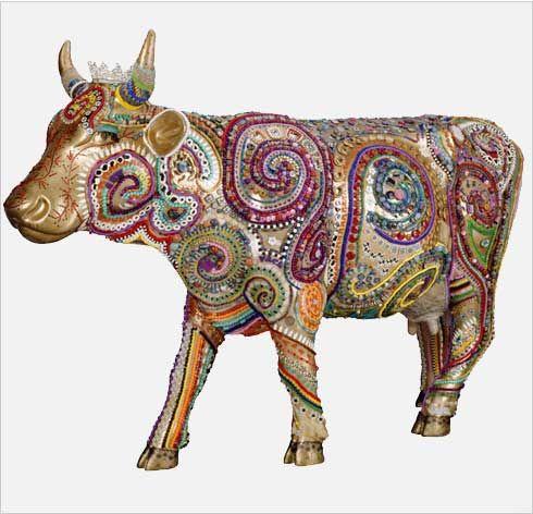 La Moochachka - Artist:Sandra Golbert Sponsor: Fashion Center BID, Cow Parade, NY 2000