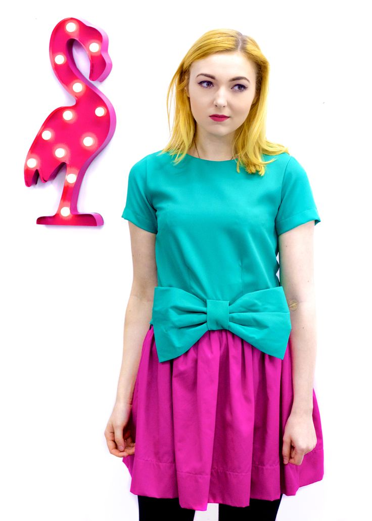 Compañia Fantastica Sicilia bow top in green, Compañia Fantastica Copacabana skirt in magenta and LED Flamingo light from www.thunderegg.co.uk  Model: Beth Photo: www.katetrevor.co.uk