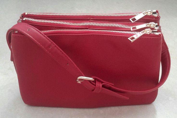 HELT NY liten röd trio väska från Forever 21 FRI FRAKT! på Tradera.com -