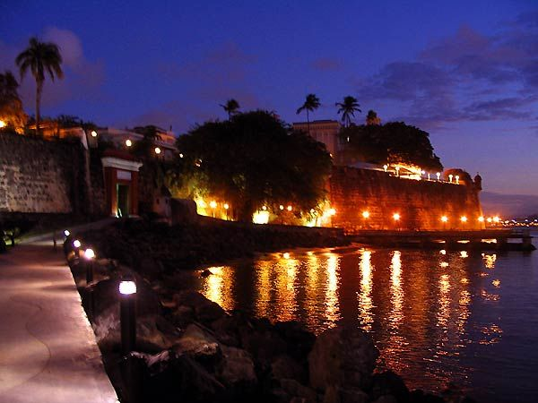 San Juan Puerto Rico Where The Locals Go Out At Night