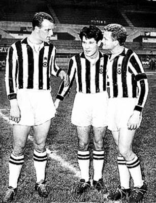 Giampiero Boniperti, John Charles and Omar Sívori ( Juventus )