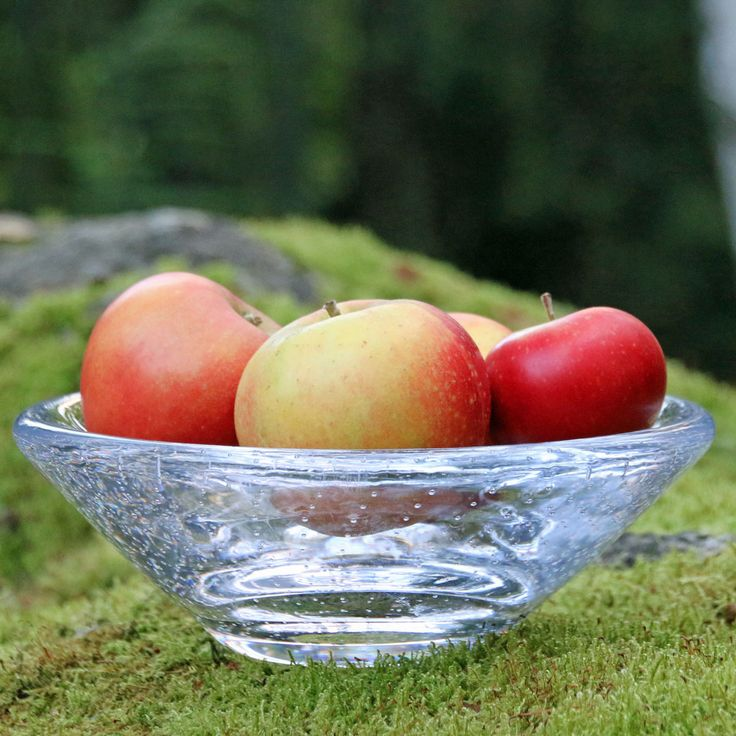 Glass bowl. Freely blown by Marja Hepo-aho, Mafka.  Available in our webshop www.styleworkfinland.fi