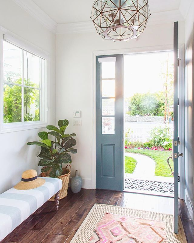 Another view of this pretty little entry.  This space was a last minute add on to the design and so glad for that.  One of our favorites!  #braunadamsinteriors #valparaisoaveproject