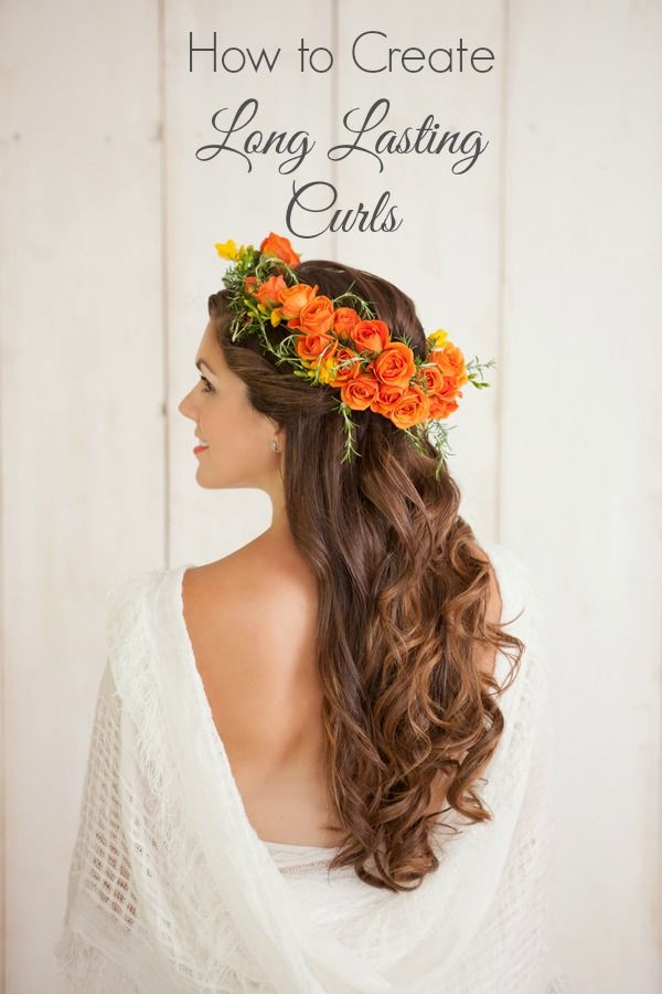 How to create long lasting curls despite heat and humidity! https://www.thebridelink.com/blog/2014/07/09/how-to-create-long-lasting-curls/