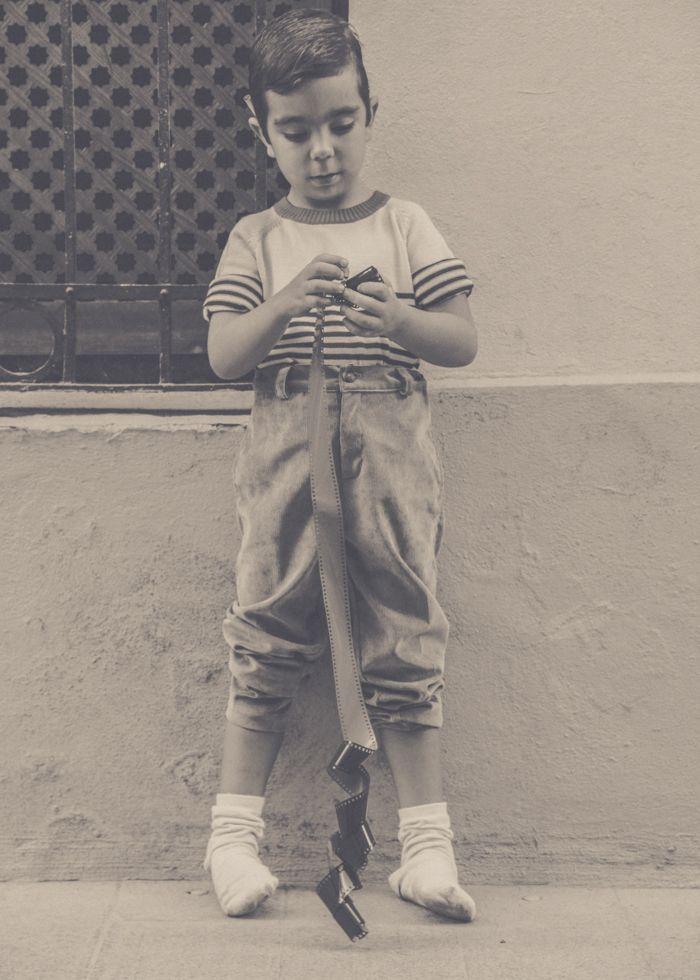 Publicación en la revista S-Kean pantalones de pana gris Kitipongo