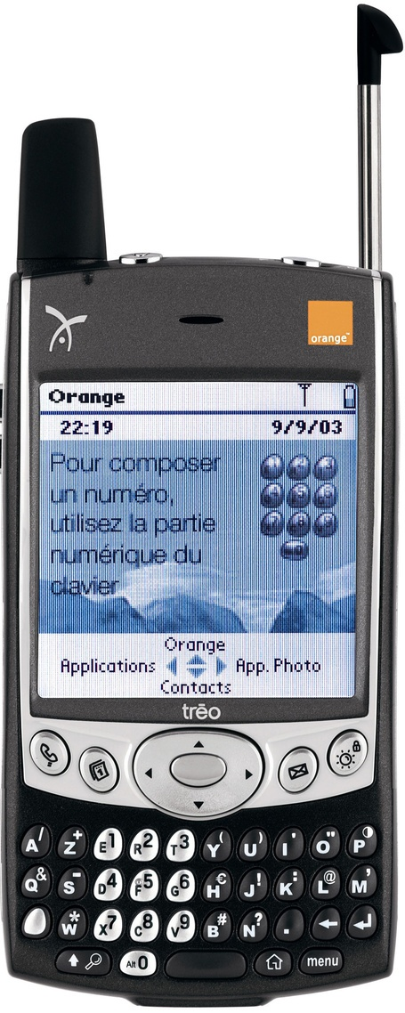 Handspring Treo 600    Manufacturer -Handspring thanPalm  Series - tréo  Years of production - 2003  CPU -144MHz TI OMAP  Rom - 8 Mb  Ram - 32 Mb  Screen - 160x160 |3,375-colors  Weighs -168 g  Operating System - Palm OS software version5.2.1H