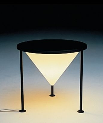 102 best images about philippe starck on pinterest yellow table lamps philippe starck and design. Black Bedroom Furniture Sets. Home Design Ideas