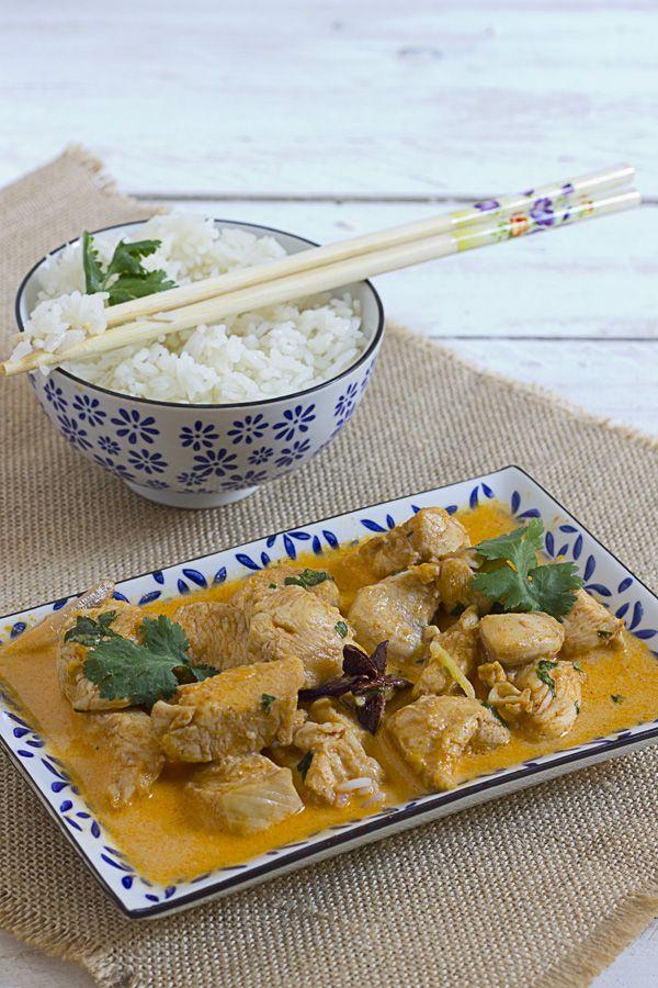 Yerbabuena en la cocina: Curry rojo tahilandés con pollo.