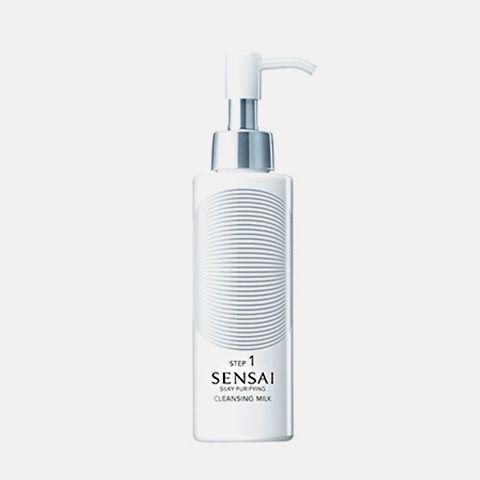 SENSAI SILKY PURIFYING: Cleansing Milk Gel limpiador ultrasuave con elementos exfoliantes que disuelve rápidamente los residuos sin dañar la piel. Aplicar por las noches. Masajear suavemente sobre la piel. Aclarar bien.