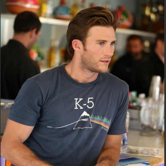 64 Best Images About Texas Chainsaw 3d On Pinterest: 17 Best Images About Scott Eastwood On Pinterest