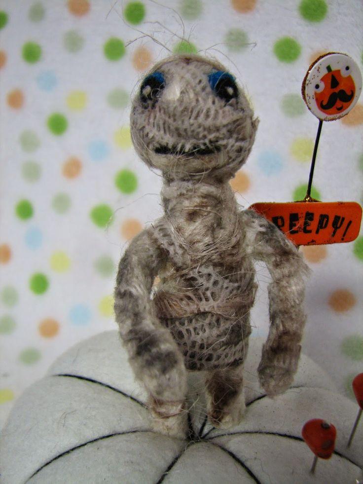 http://trickortreatstudio.blogspot.ca/  cute little Reaper mummy, Halloween pin cushion now on the Online artists Trick or treat tour