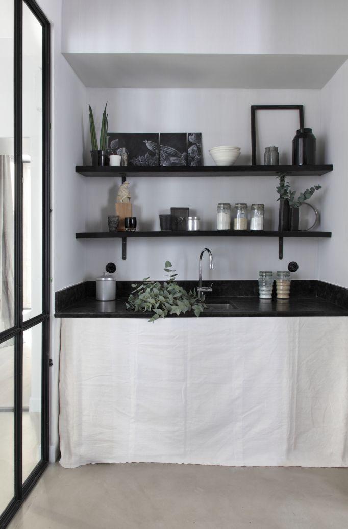 les 62 meilleures images du tableau menuiserie rangement sur pinterest supports de rayonnage. Black Bedroom Furniture Sets. Home Design Ideas