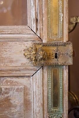 door color, antique  and an incredible lock