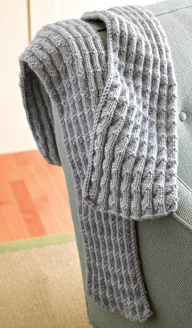 Free Pattern – Shale Pleated Scarf ~ I would use this pattern for a throw as it would have the depth in the texture for that extra warmth but still be sufficienlty soft.