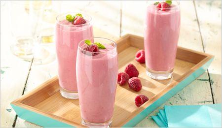 Raspberry Greek Yogurt Smoothie