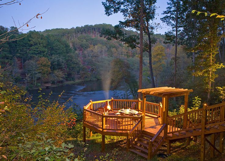 Beau Colorado River With Log Cabin On Edge Of River | ... Air At The