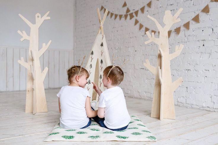 Детская вешалка - дерево из фанеры Woodland
