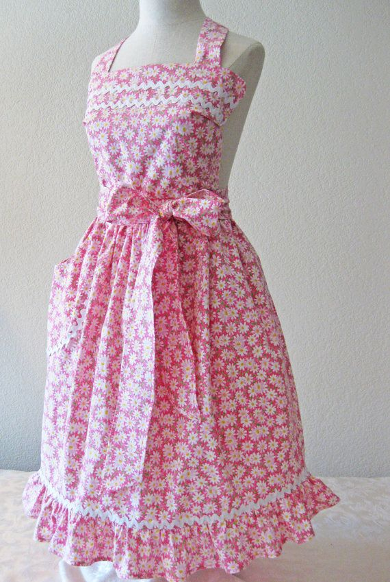 Plus Size Classic Apron by HickoryCreekCrafts on Etsy