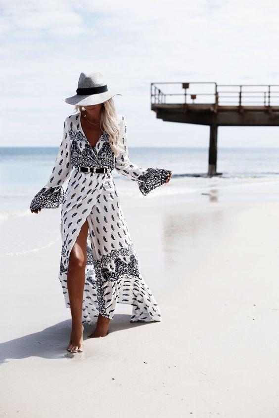 We found you the perfect beach hat for ladies, we bet, so go ahead and take a look at these nice-looking womens straw hats for summer!