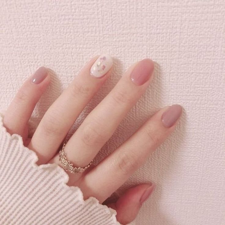 25 Best Holiday Nail Art Designs that Look Natural and Last a Long Time
