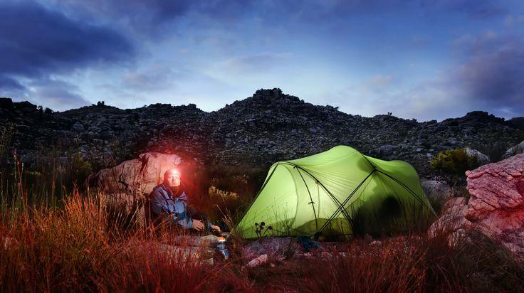 Iesirile in natura pot fi reconfortante, daca nu iei lucruri inutile in camping, precum dispozitive electronice sau muzica la volum ridicat.