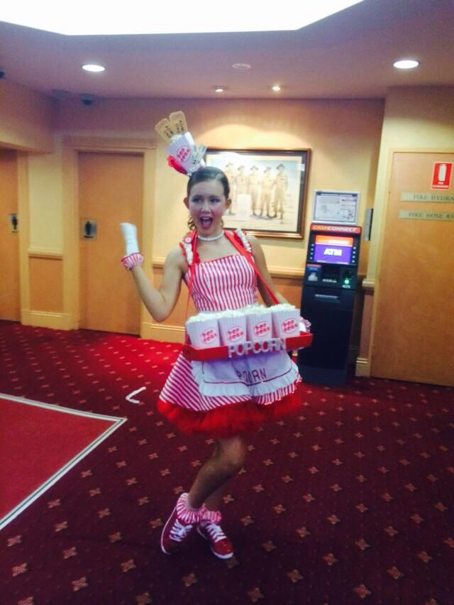 Popcorn seller costume