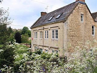Beautiful+Grade+II+Listed+Cotswold+Cottage+++Holiday Rental in Stroud district from @HomeAwayUK #holiday #rental #travel #homeaway