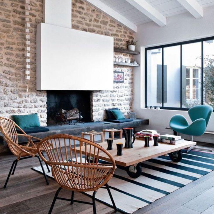 une-cheminee-ancienne-renovee-et-modernisee_4578190.jpg (1000×1000)