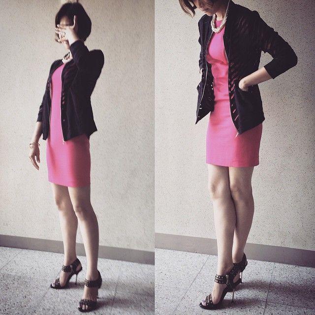 # #오늘 의 #아웃핏 #outfit for #today #에어콘은너무추워요 . . . . #ootd #daily #dailylook #슈스타그램 #옷스타그램 #팔로우 #follow #me #fashion #style #패션 #스타일 #줌마그램 #줌스타그램 #줌마스타그램 #인스타사이즈 #데일리룩코디 #instasize #instadaily #shoefie #zara #자라 #전신샷