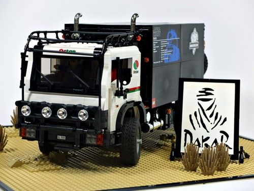 Dakar rally support truck: A LEGO® creation by Yang Nam : MOCpages.com