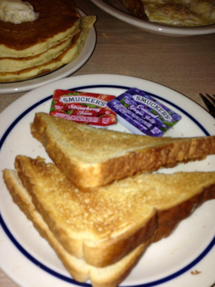 BOGO Free Breakfast at IHOP Coupon. Enjoy! #restaurantcoupons #ihop #ihopcoupons