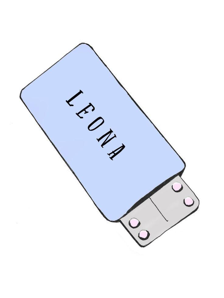 Die Pille Leona ist nicht allzu bekannt, doch darf sie in unserem großen Pillen-Vergleich natürlich nicht fehlen. Bei dieser Antibabypille handelt es sich um eine Mikropille der zweiten Generation, die mit dem Gestagen Levonorgestrel arbeitet. Mögliche Nebenwirkungen: Die Leona ist als Pille für den Einstieg gut geeignet und soll die Regelblutung erträglicher machen.Viele Verwenderinnen klagen bei der Einnahme der Pille Leona über Gewichtsverlust und wechseln daher oft das Präparat. Aber…