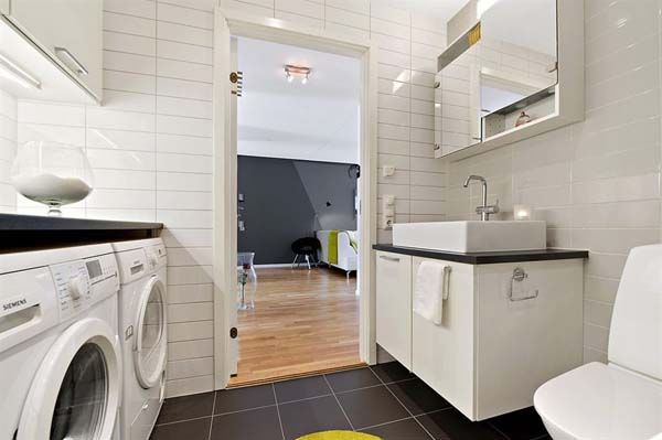 Clever idea for combining the laundry room with the master for Combined laundry bathroom ideas