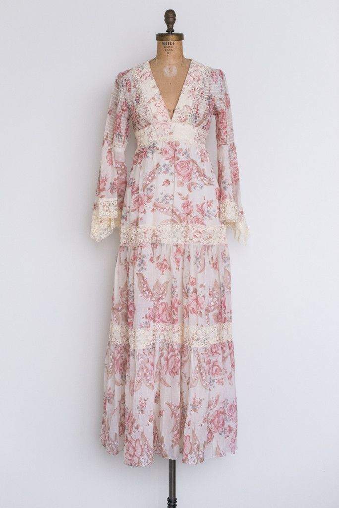 1970s Floral Princess Sleeves Maxi Dress - XS/S