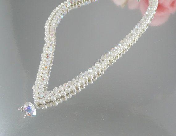 Stile V perla collana intrecciata di IndulgedGirl su Etsy