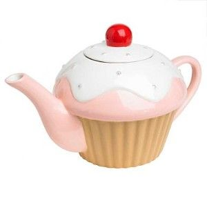 Two of my fav things together!  Cupcakes and teapots!