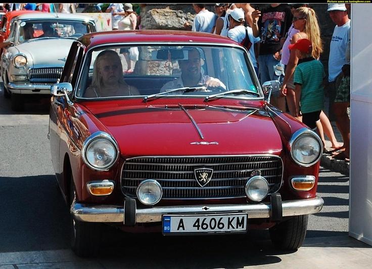 2009 Nesebar Retro Parade - Peugeot 404