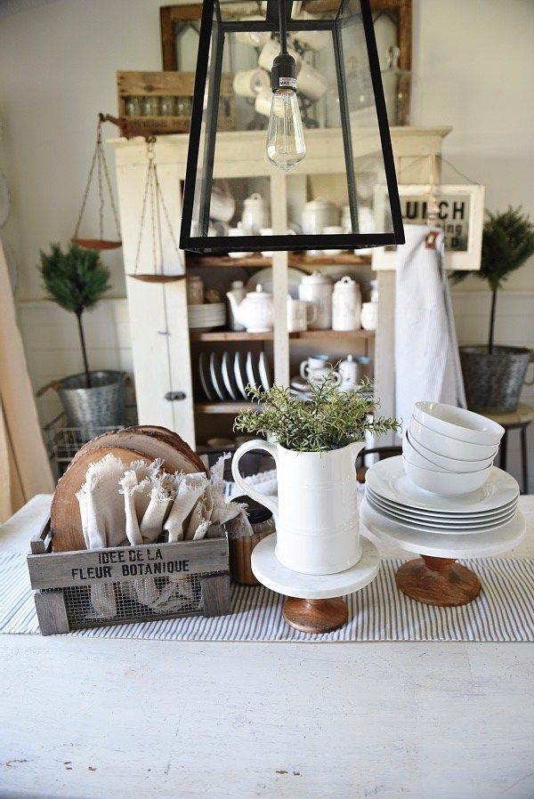Farmhouse Style Dining Room Kitchen