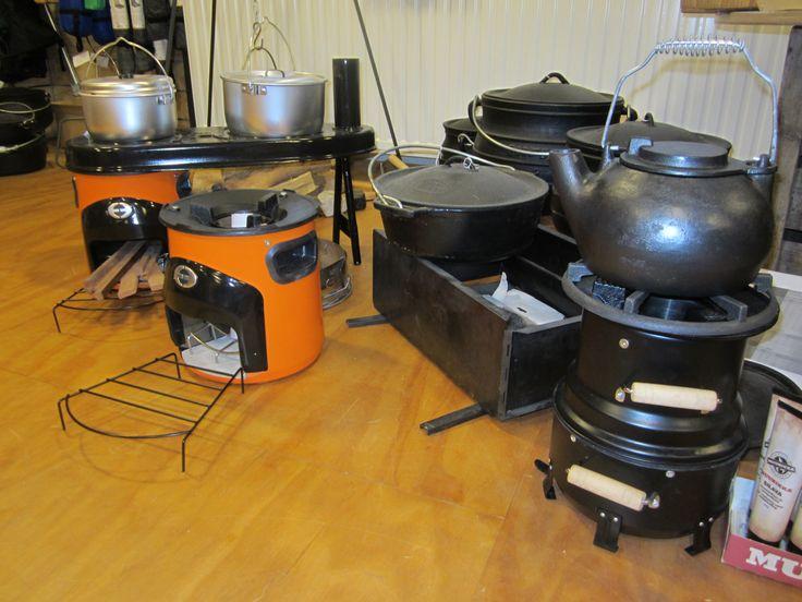 Outdoor cooking with Envirofit, Tentipi Hekla firebox, cast iron pots