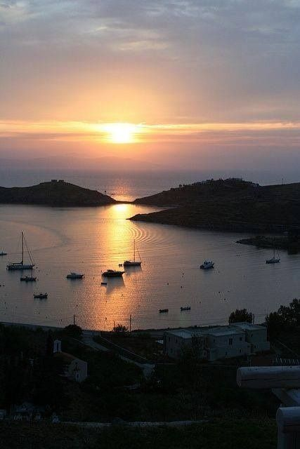 Sun sets in Vourkari Bay