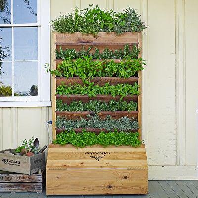 how to water a vertical pallet garden 1