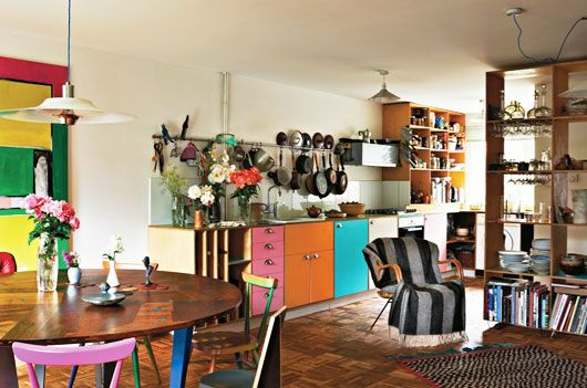 hackney kitchenKitchens Vintage Style, Colors Room, Kitchens Dining, Decor Inspiration, Colors Kitchens, Colors London, Kitchens Cabinets, Colors Interiors, Bright Colors