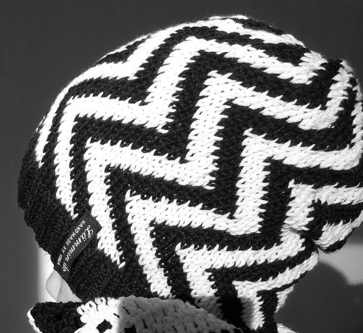 LÄMMIN ILO siksak-pipo ohjeineen /knitted hat with pattern