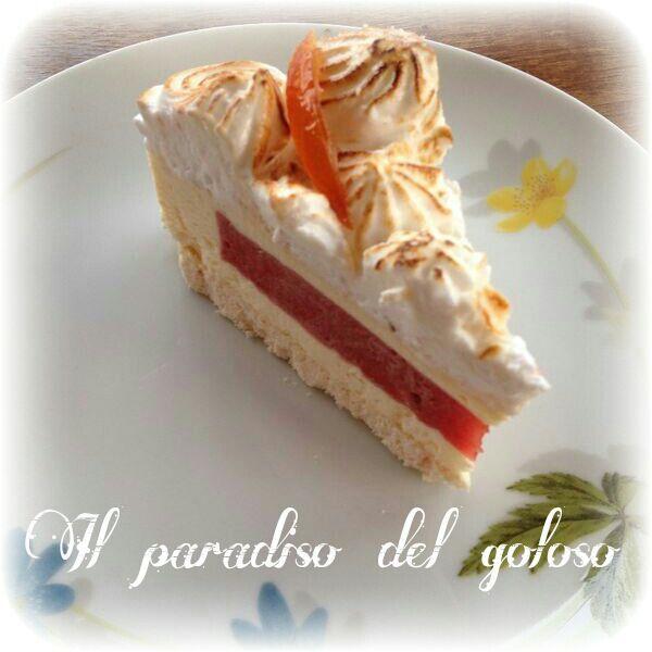 Meringata alla vaniglia e alla frutta fresca di stagione guarnita con un candito bio di mia produzione #CUPCAKE #halloween #solocosebuone #bakery #torte #cake #yummy #sugar art #patisserie #desserts #sweettooth #chocolate #eat #yum #delicious #tasty #hungry #yum #icecream #foodpics #TagsForLike