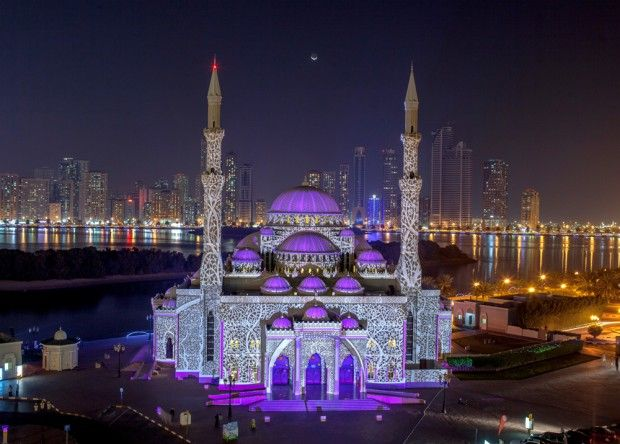 Focus sur le Sharjah Light Festival - Journal du Design