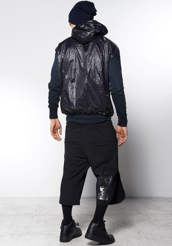 Szorty OPERA MASK: http://robertkupisz.com/pl/shop/products/szorty-opera-mask?variant=color_black