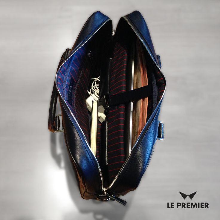 Najlepsze torby dla mężczyzn. Wyprodukowane we Francji ze skóry saffiano. Nareszcie dostępne w Polsce. Kup swoją już dzisiaj tylko w sklepie Le Premier  http://bit.ly/15AcCnV #torbyjackrussell